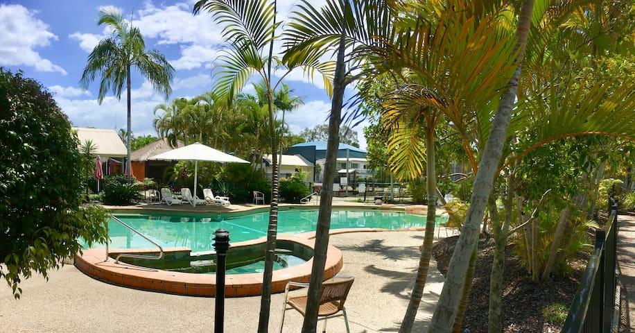 Resort Apartment close to all Noosaville amenities