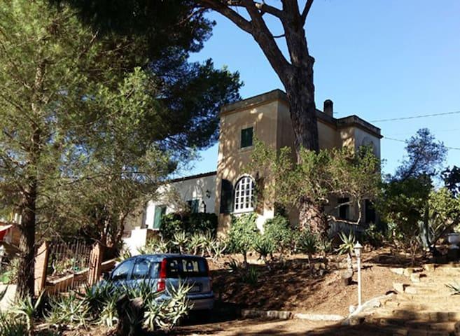SICILIA, CAMPAGNA, MARE e Relax - Santa Margherita di Belice - Villa