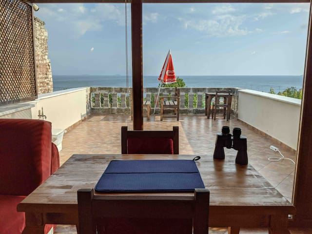 Dublex with Sea View and Terrace in Old City