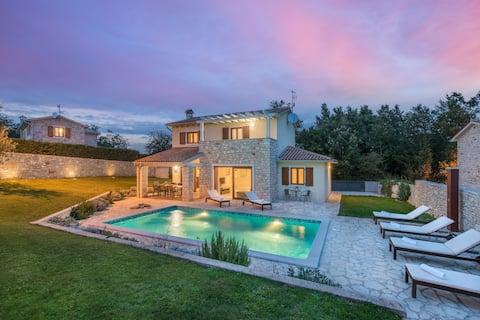 Villa Kvarta, 3 chambres et piscine privée