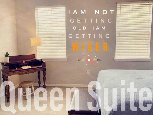 Uptown Queen Suite