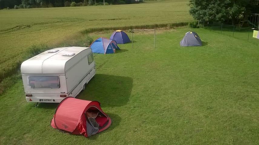 Jardin idéal pour camper! + taxi si besoin