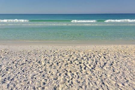 Newly Updated*Close to Beach*Free Wi-Fi*1st Floor - ミラマービーチ - コンドミニアム