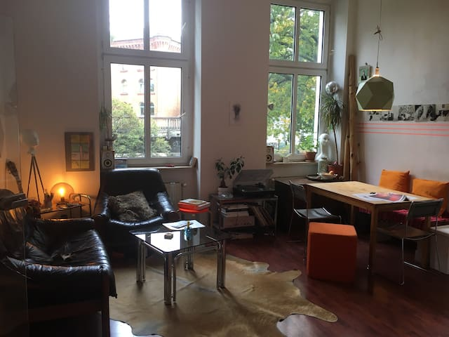Lovely room in the middle of Kreuzberg