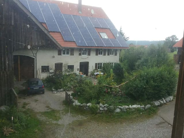 In idyllischer scheune übernachten - Aichstetten - Talo