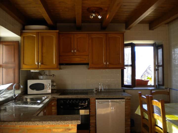 casa completa 2 - 4 pers a 6 km de cangas de onis