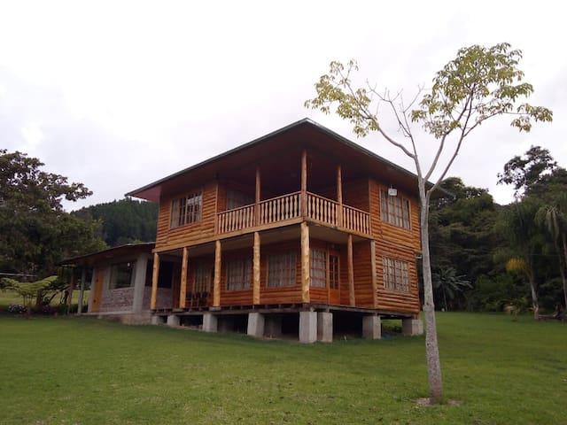 Hospedaje Rinconada Alta