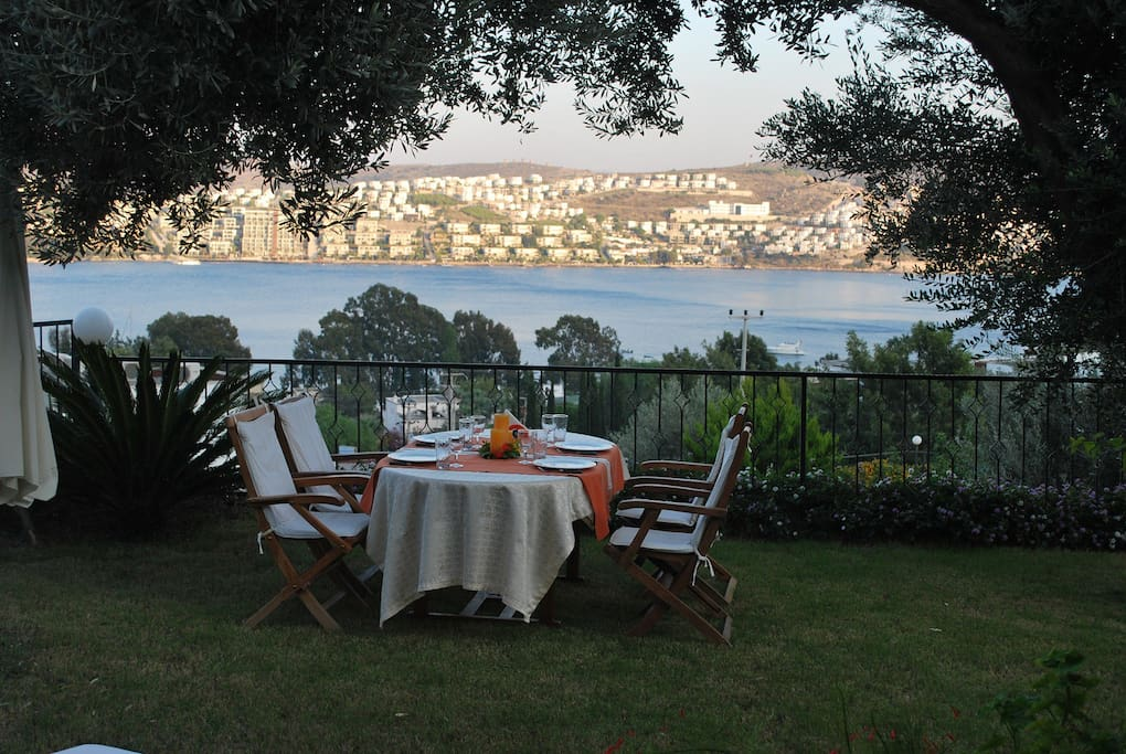 You can move the dining table on the grass and enjoy your meals to an amazing view every day.