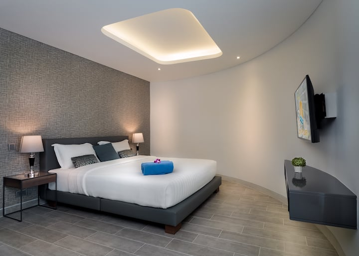 Deluxe 1 bedroom Pool View Suite by Letsphuket Twin Sands Resort & Spa, Patong Phuket
