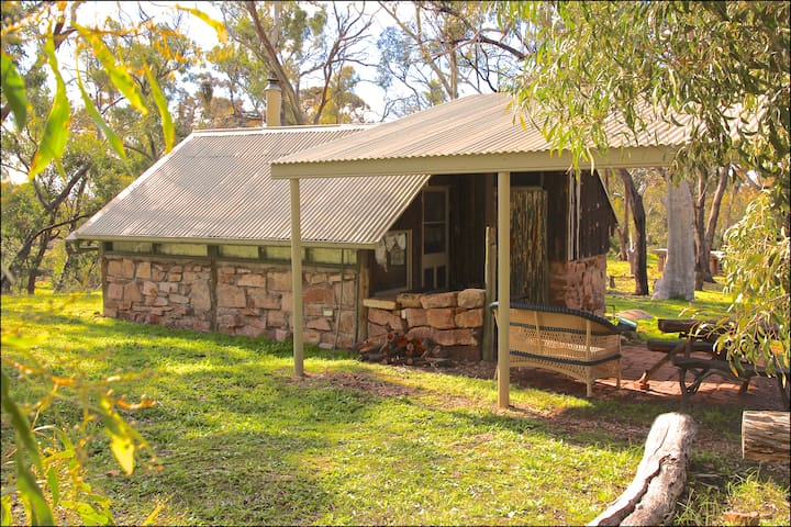 Kookaburra Creek Retreat 'Judith's Hut'