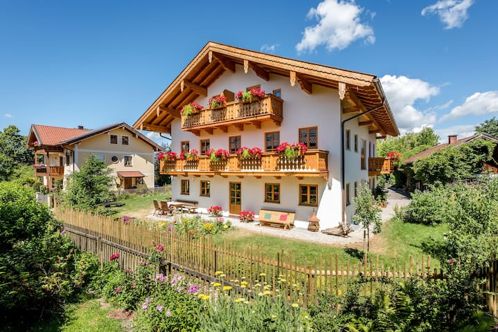 """Beautiful Holiday Apartment """"Eckbankerl"""" Close to Chiemsee with Wi-Fi, Balcony, Garden & Terrace; Parking Available"""