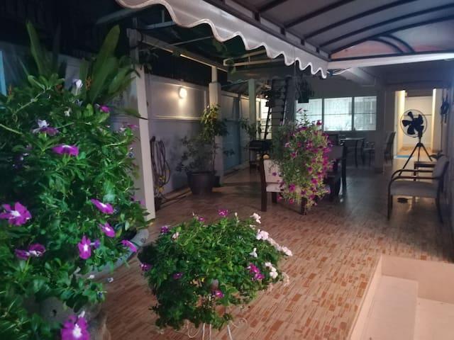 Bangkok downtown Suk71 - house with Housekeeper - Bangkok - Hus