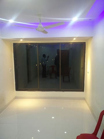 Private Room with AC and attached Bathroom. - Navi Mumbai