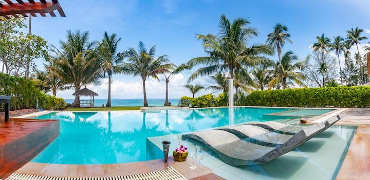 Malee Beach Villa A3 - Beachfront pool villa