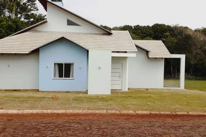 Casa de veraneio para finais de semana e feriados.
