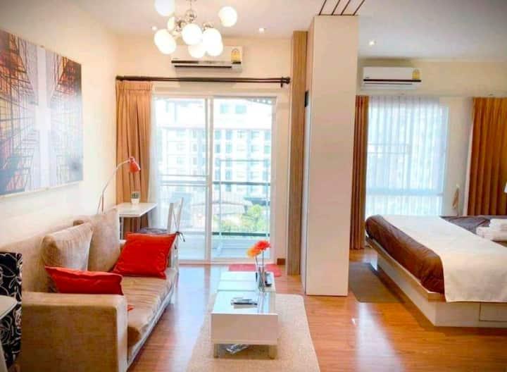 Well Luxury 1 Bedroom Kitchen & Pool @Nimman