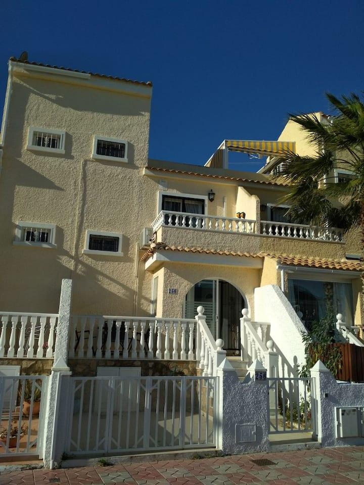 R53 - Duplex on urb. Monte y Mar, Gran Alacant