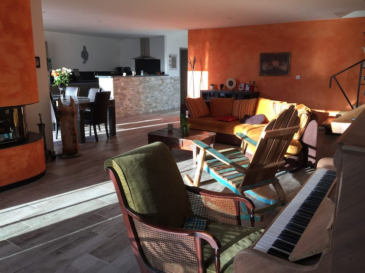 2 chambres privées + sdb dans villa
