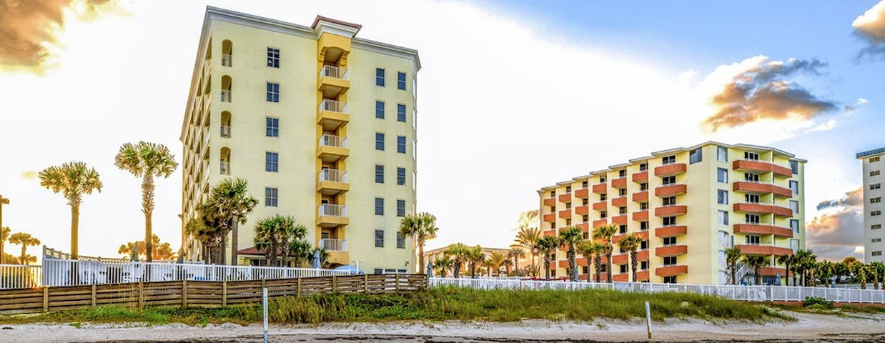 The Cove on Ormond Beach-studio North Tower