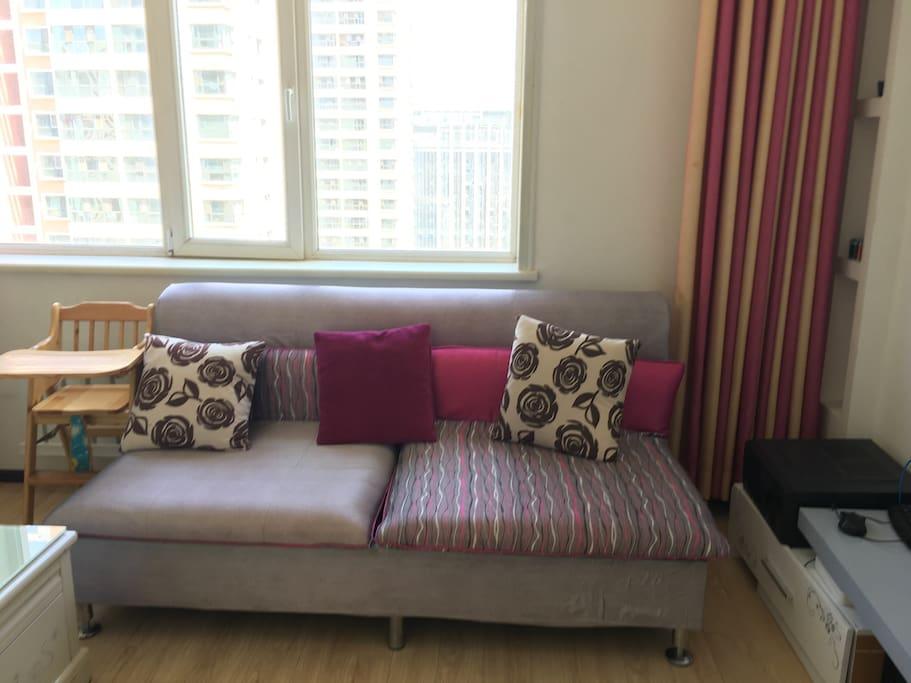 客厅双人沙发