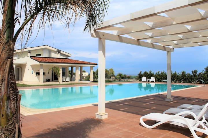 Villa Maria - Locazione turistica con piscina