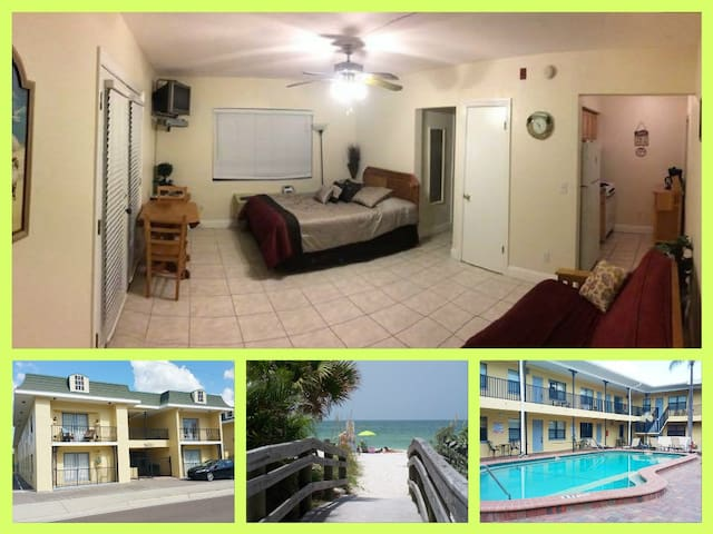 Clean, Cosy Studio ACROSS THE ROAD FROM THE BEACH - Redington Beach