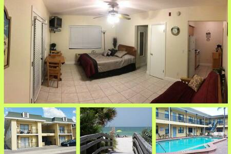 Clean, Cosy Studio ACROSS THE ROAD FROM THE BEACH - Redington Beach - Wohnung