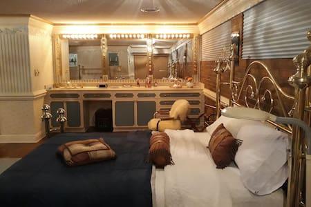 Scott's B Guesthouse
