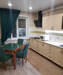 3 комн квартира на Комсомольской