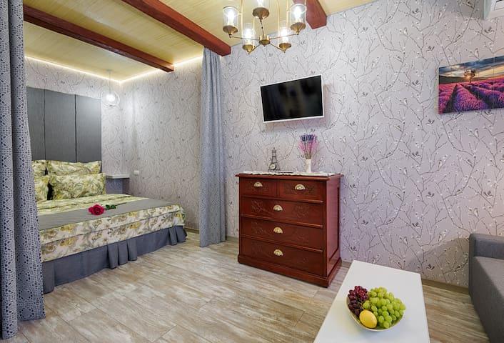 """Домашние апартаменты """"Прованс"""""""