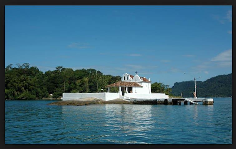 Entire house next to the beach - Angra dos Reis