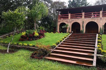 Villa del Tigre