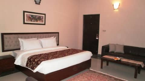 Room for rent in bahawalpur in excellent condition
