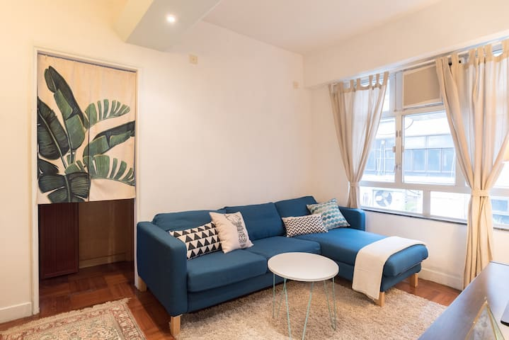 Perfect Location,Quiet Modern 2Bed @Heart of SOHO - Hong Kong - Apartment