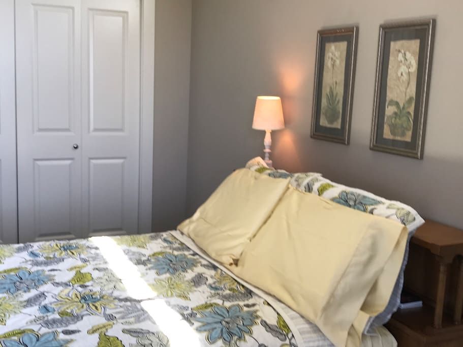 """Our """"Sunshine & Nature"""" guest room offers a lovely antique bed, with a new and super comfy mattress.  Come get a great night'a sleep with old-world charm but current-day comforts!"""