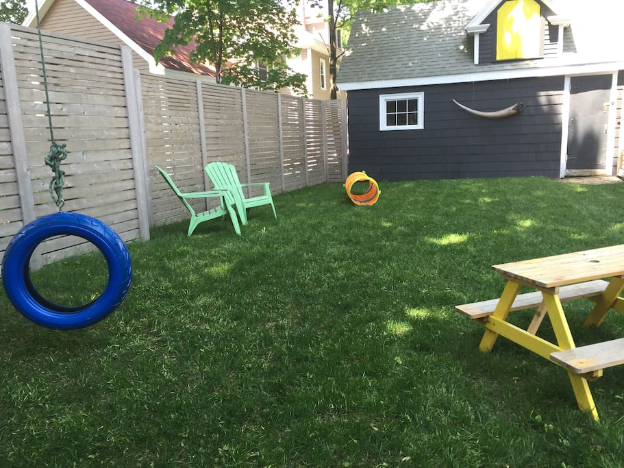 backyard with tireswing