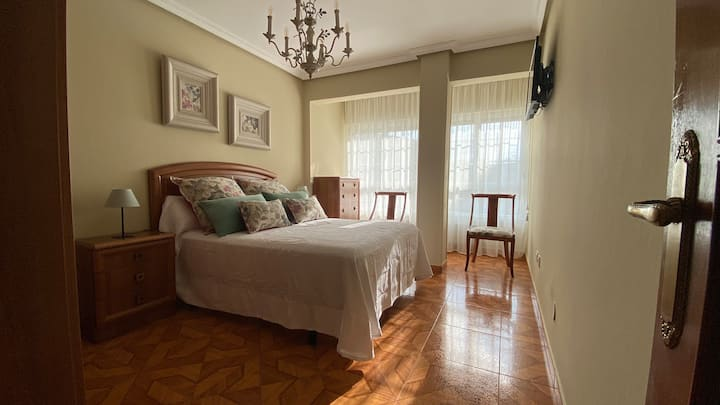 Santoña luminoso piso de 2 dormitorios