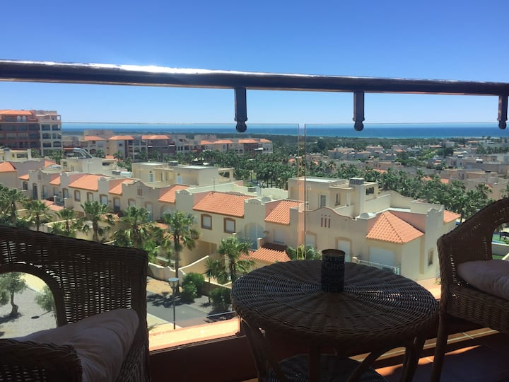 Spanish 2 bed apartment / Stunning Med  Sea Views