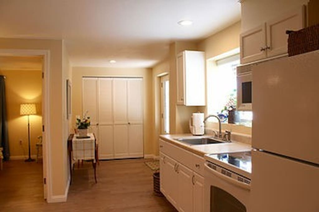 Casa De Luces Beautiful One Bedroom Apartment Apartments For Rent In Redding California