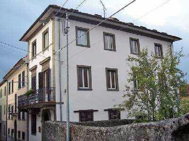 Beautiful 4 bedroom hillside house - Vico Pancellorum - Ev