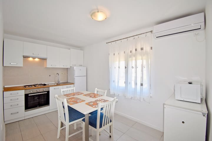 Lovely apartment near the beaches of Fasana