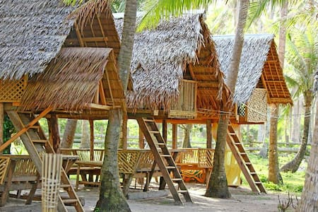 Lola Sayong Eco-Surf Camp - Buenavista, Gubat - PH - 小屋