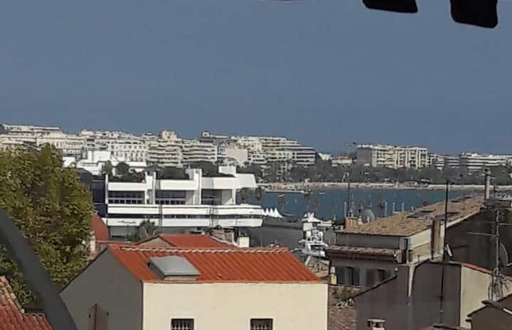"""Beau Studio au """"cœur de Cannes"""""""