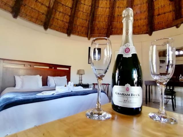 Thatched Mountain facing Honeymoon Suite