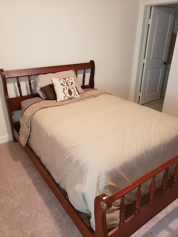 Private Bedroom In Beautiful Clear Lake Area.