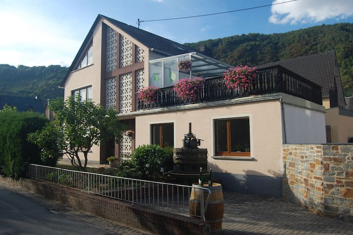 Beautiful Holiday Home in Ernst with Balcony