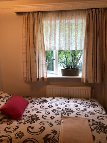 Lovely Single room close by city center