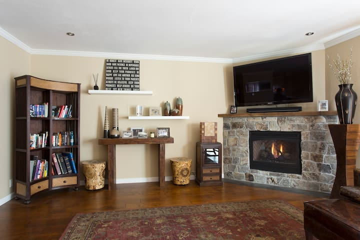 Cozy Townhouse By Chapman Park - Corte Madera