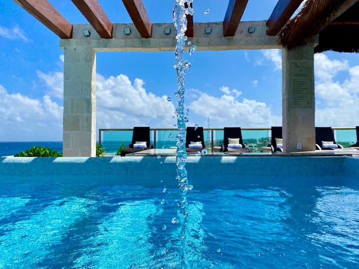 Dream Ocean View Luxury Condo in Isla Mujeres!
