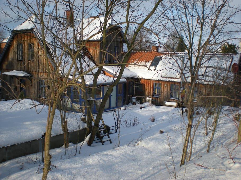CasaCreativa im Winter; Rückansicht